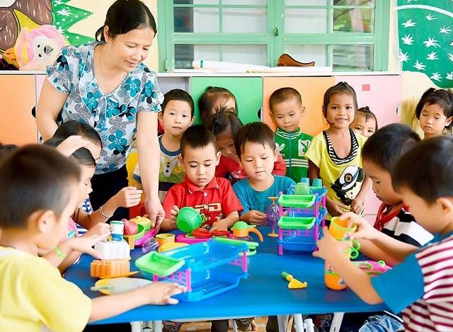 Giáo dục kỹ năng sống cho trẻ qua các hoạt động vui chơi