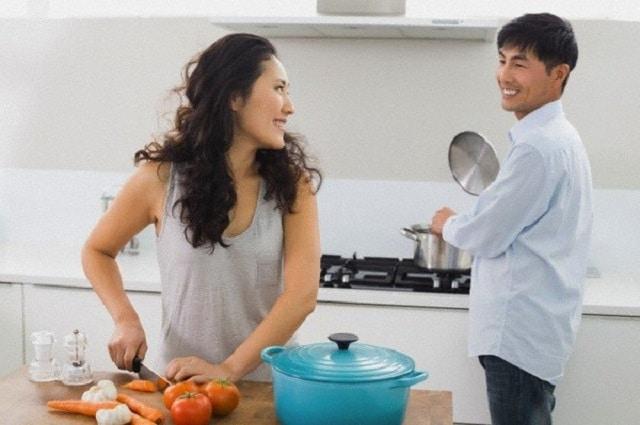 Chia sẻ công việc nhà để tạo sự cân bằng cho cuộc sống