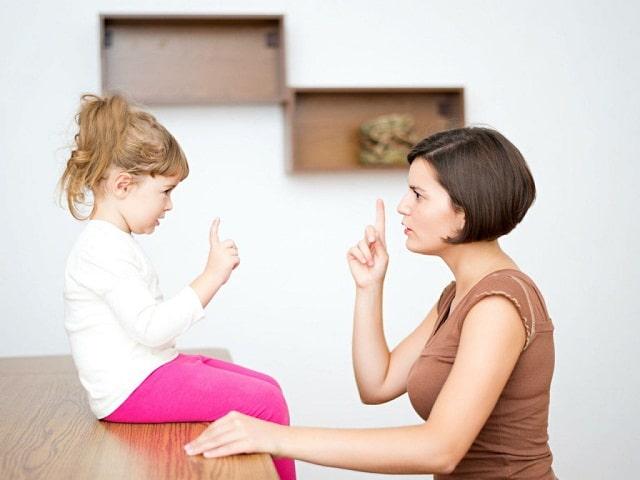 Bố mẹ nên tập cho bé thói quen sống trung thực