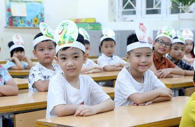 Ở Việt Nam, giáo dục kỹ năng sống cho học sinh tiểu học còn nhiều hạn chế