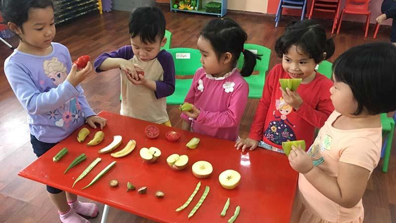 Phương pháp rèn luyện kỹ năng giao tiếp cho trẻ mầm non