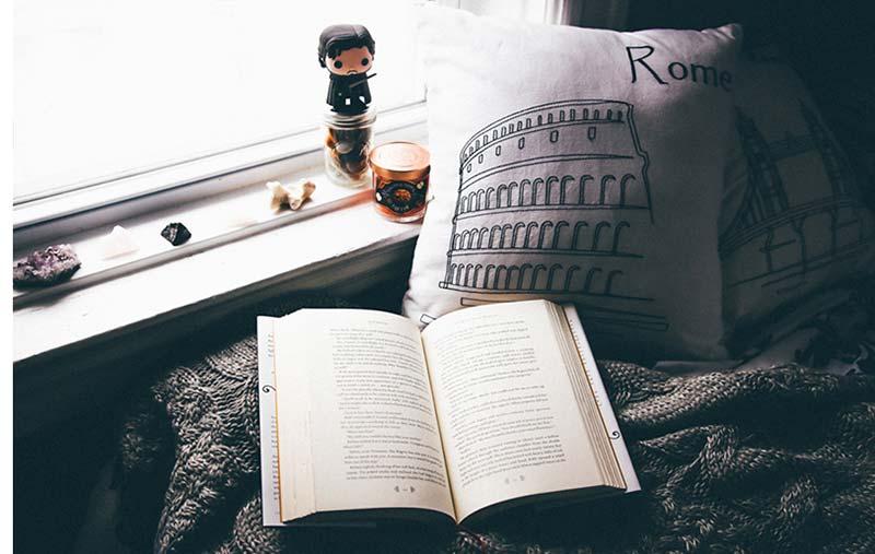 Yêu lại người cũ giống như đọc lại một quyển sách,
